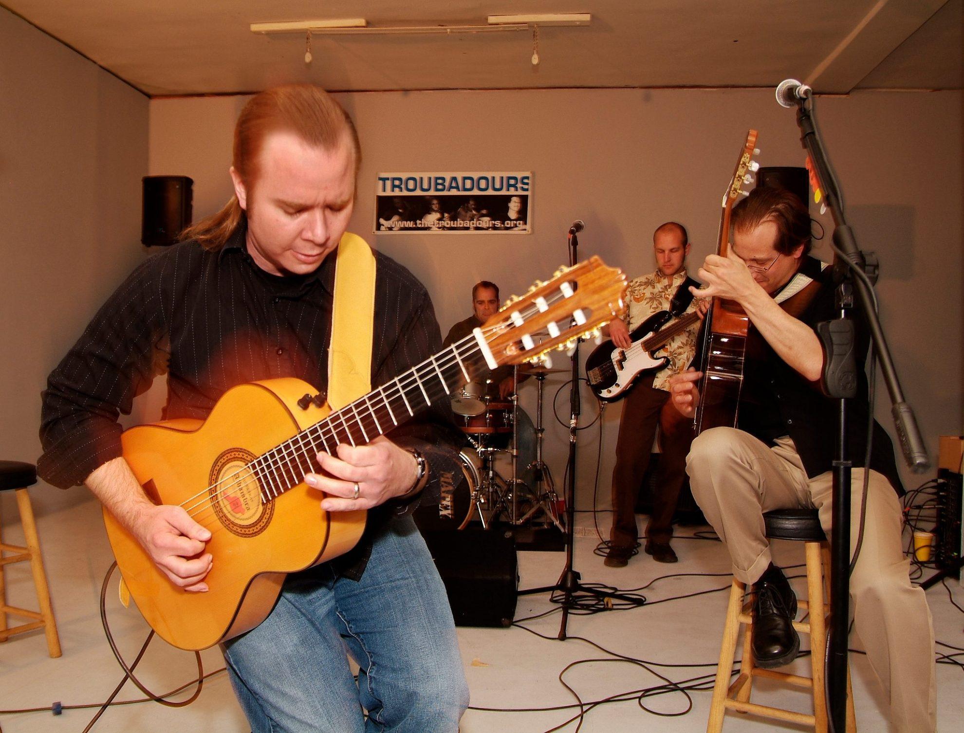 OctanePhotographicStudioTroubadours2